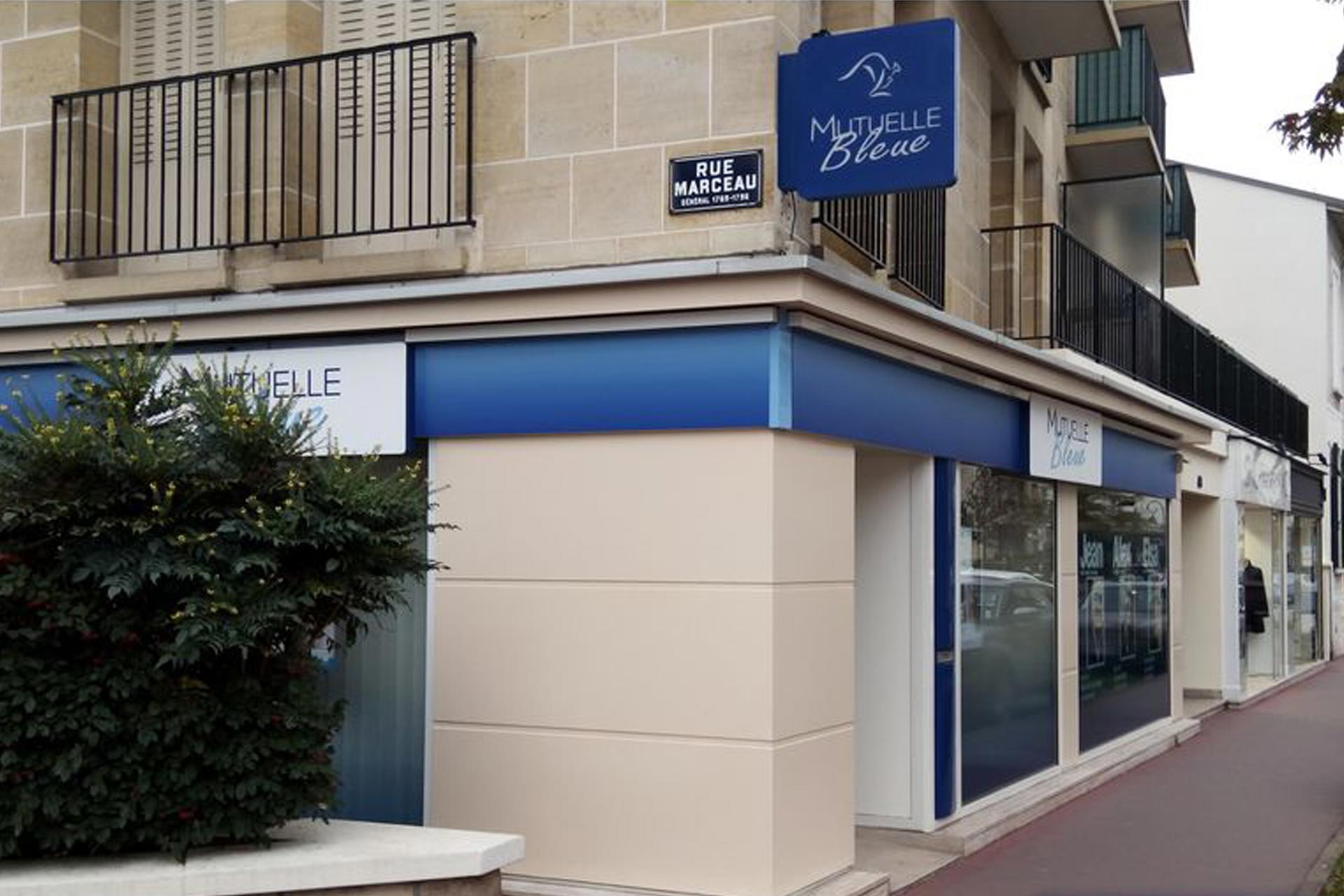 agence-mutuelle-bleue